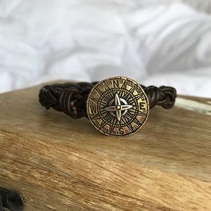James Avery Retired Leather Compass Bracelet